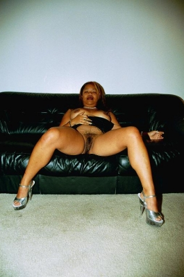 horny mariah strips down t 2 Horny Mariah strips down